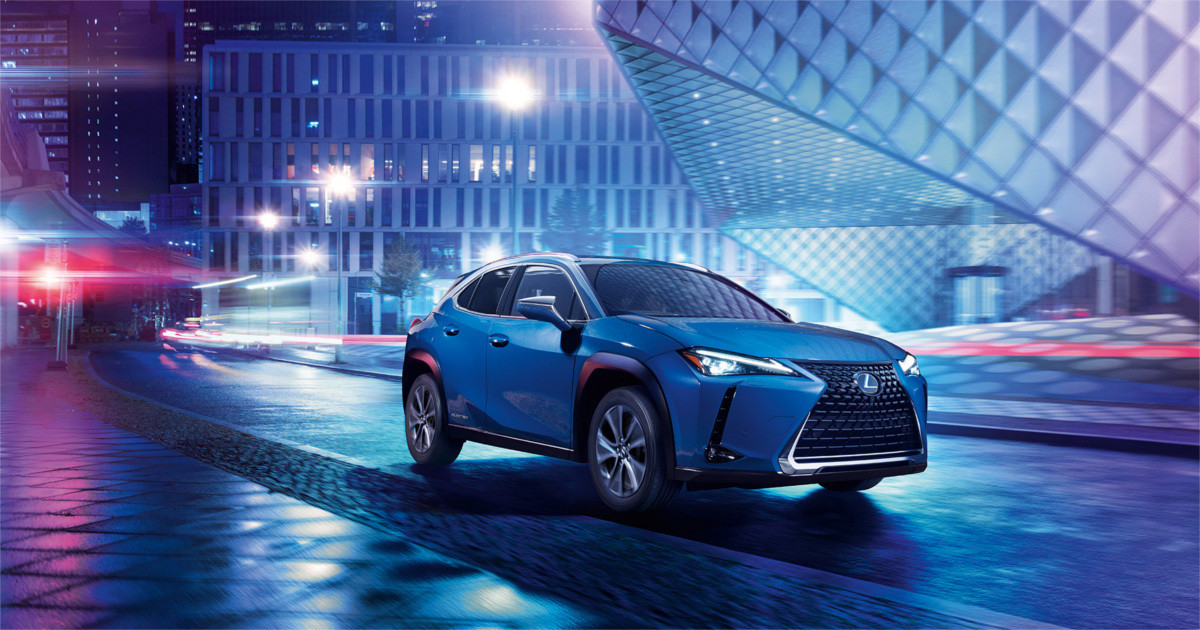 Photo of What kind of car is Lexus' first EV? Test drive the UX300e under development
