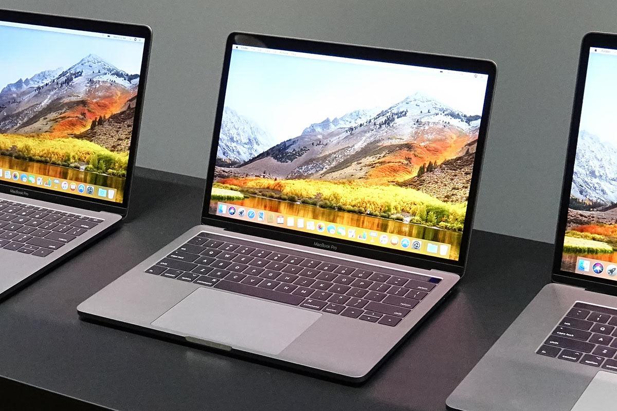 macbook 14 インチ