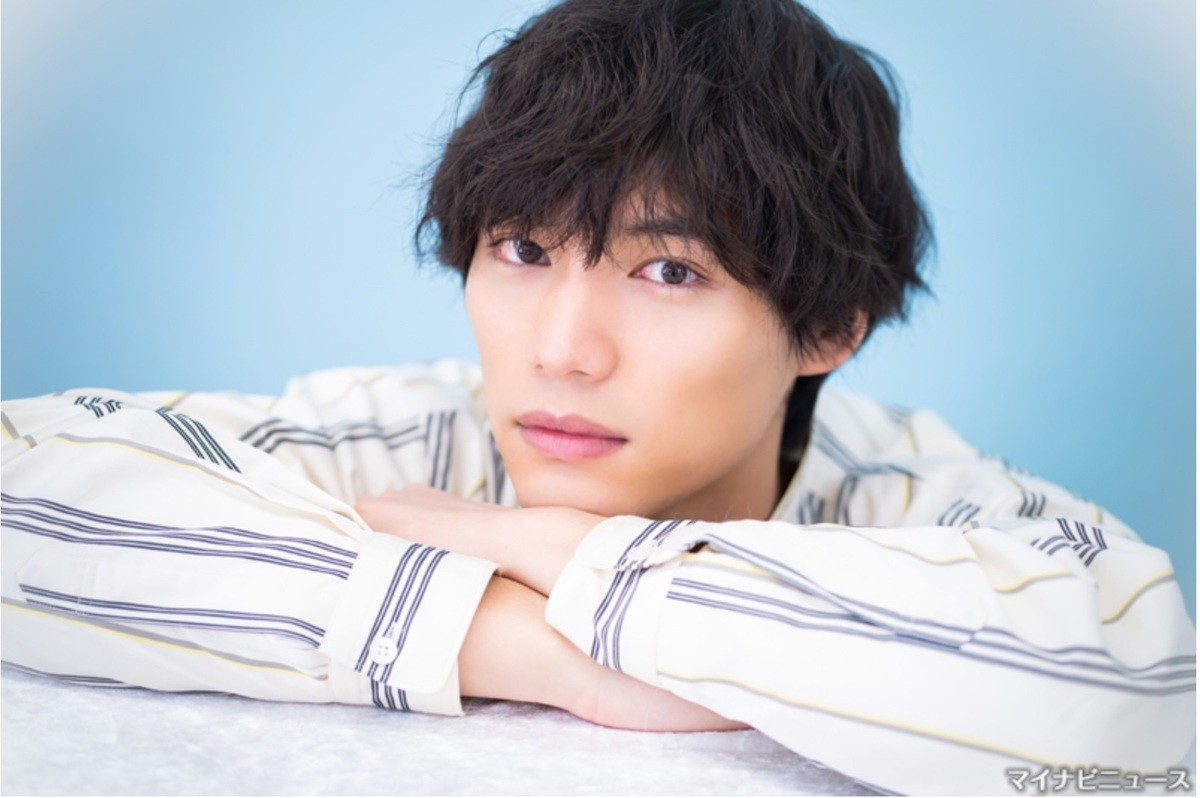 "Photo of Sosaku Fukushi, looking back and message about ""Space Kitter!"""