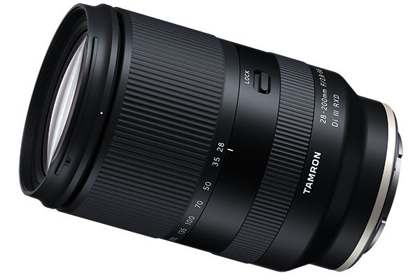 """Photo of Tamron, high magnification zoom """"28-200mm F/2.8-5.6"""" for α, small and lightweight, 90,000 yen"""