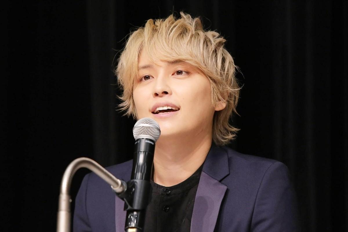"Photo of Yuya Tegoshi thanks Johnny's office ""I had Janny change my life"""