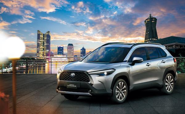 "Photo of Toyota adds new compact SUV ""Corolla Cross"" to Corolla series"