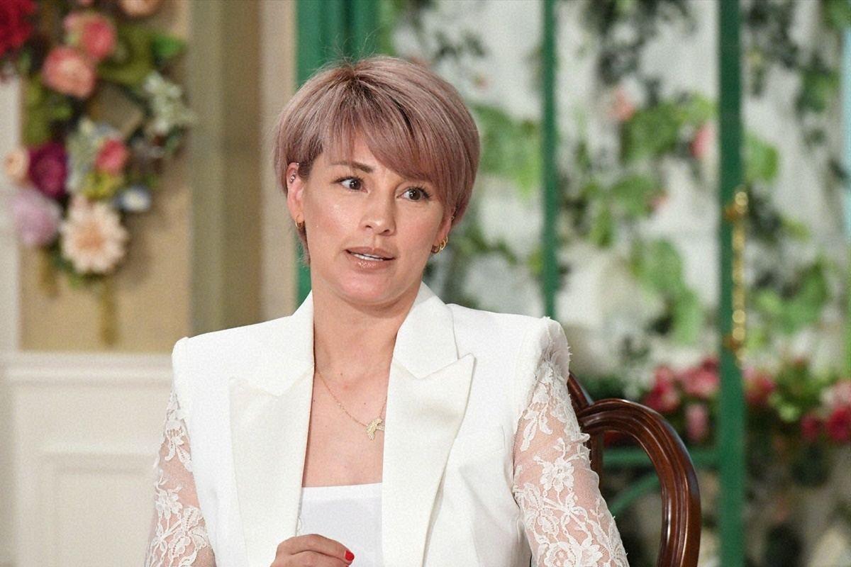 梅宮 アンナ 髪型
