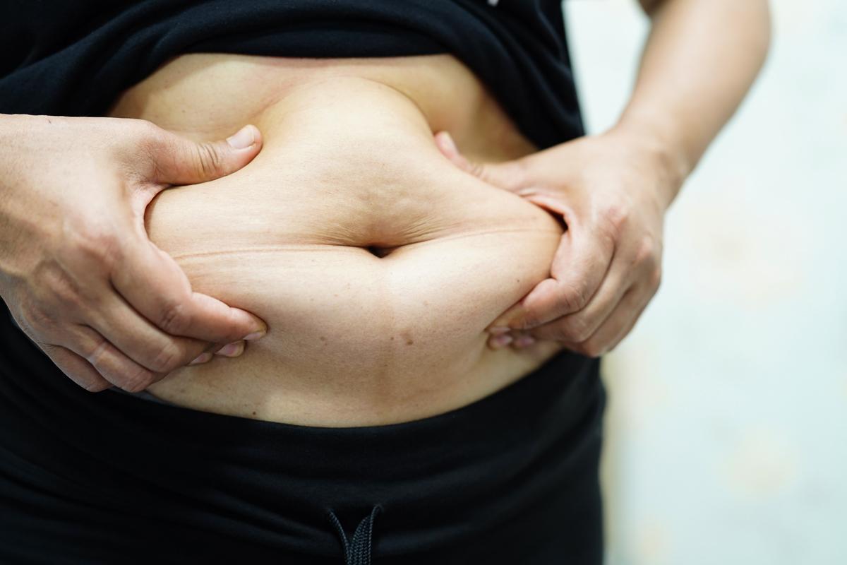 お腹についた脂肪がなかなか落ちない40代