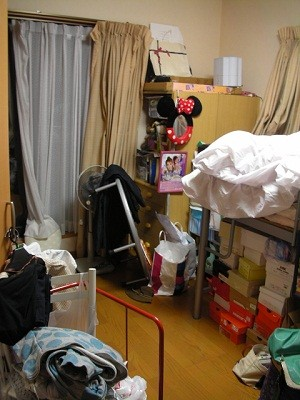 あなたの部屋みせてください (59) ちょうどいい大きさの散らかった部屋