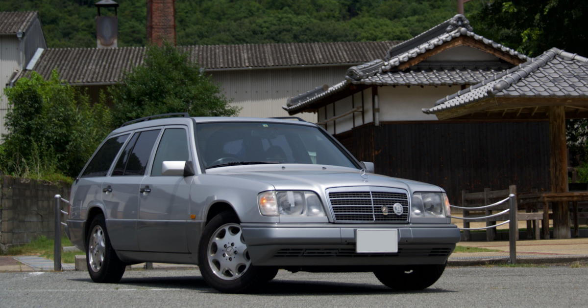 "Photo of If you live with a famous car-Mercedes ""S124"" with sorrowful feelings-There is a second famous car? ""S124"" is almost the same purchase price and maintenance cost!"