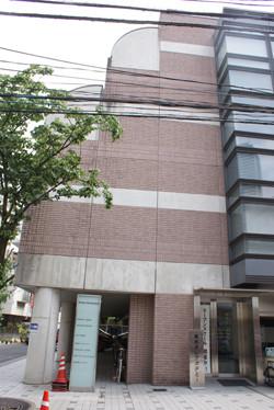 ほぼ別世界講座 (70) 寿司でオトコをアゲる!? 「東京すしアカデミー」で握り寿司入門コースを体験