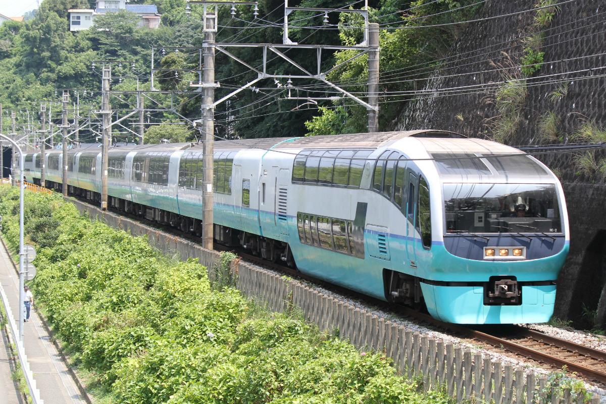 鉄道ニュース週報(121) E261系導入で251系はどうなる? 伊豆の列車旅がますます楽しみに | マイナビニュース