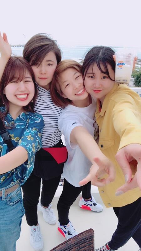 浅倉カンナ選手(右から2人目)