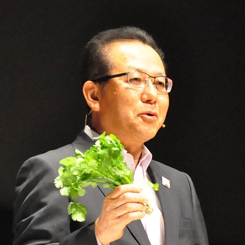 種苗企業と農業AI、ヤマハとは新型イヤホン - 富士通フォーラムで紹介された先進事例