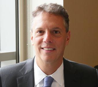 「国際競争に勝つには、人材の最適化が必要」- Cornerstone アダム・ミラー氏