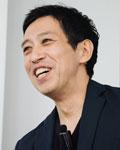越川 慎司氏