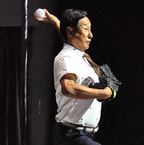 ついにIoTの硬式野球ボール登場! お手軽に「キレ」を計測、秋からプロも活用