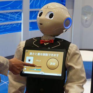 ロボットたちだけのコーヒーショップ「おもてなし無人カフェ」の狙いとは? - ネスレら