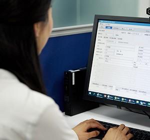 会計・販売・貿易システムの連携で業務を約50%効率化、事業拡大に向けたICT基盤をより強固に [PR]