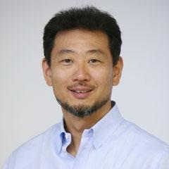 岩田 松雄氏