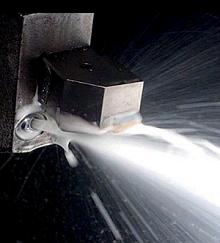 「Simcenter FLOEFDを使用し、強化冷却技術を設計」