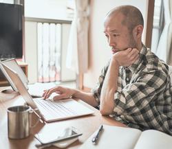 オフィスと同等の従業員体験を自宅などの社外に届けることが難しい