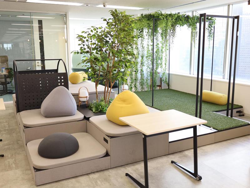 ニューノーマル時代のハイブリッドな働き方を支える新たなオフィス像とは