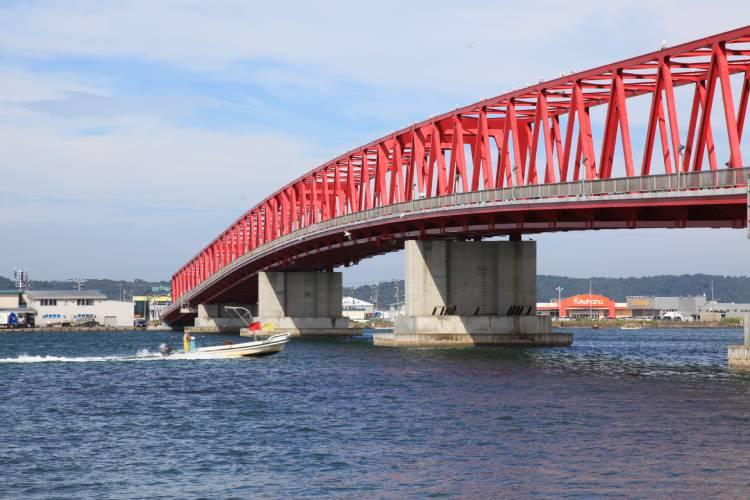 北海道厚岸町にふるさと納税をしよう!北国の海の気になる返礼品