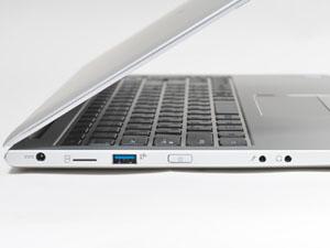 本体左側面の様子。電源コネクタ、USB 3.1端子、電源ボタン、ヘッドフォン出力、マイク入力を装備。SIMスロットは利用できない