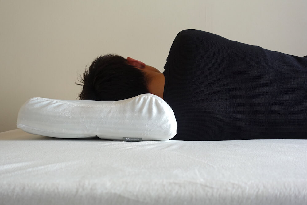横向き寝の時の枕の高さ