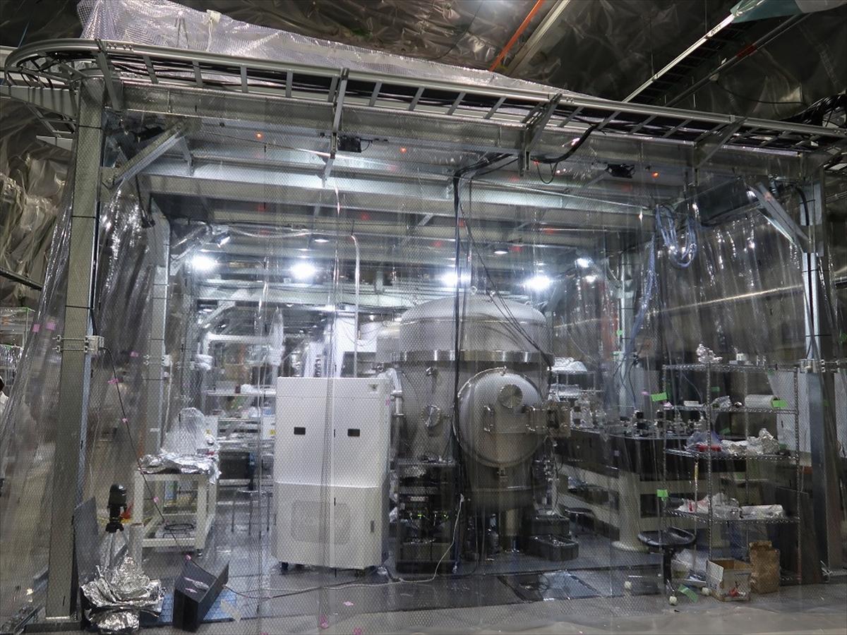 日本の重力波望遠鏡「KAGRA」が報道公開 - 年内に本格観測を開始へ