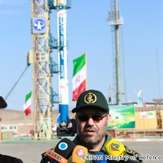 イラン、3年ぶりの人工衛星打ち...